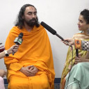 Swami Mukundananda joins Sanya Malhota in Dallas Yoga Fest